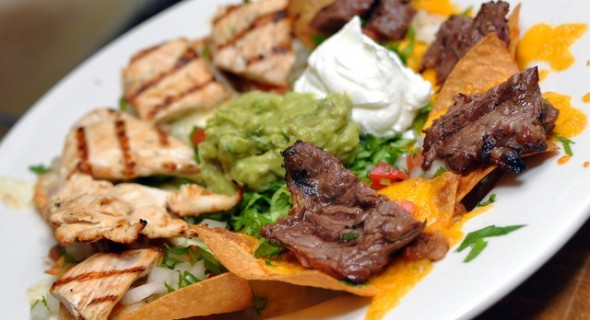 Jalapeños Mexican Grille is a happening restaurant with delicious food and live music every Thursday!