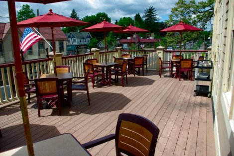 Bradys at the Station is a popular choice for dinner or drinks