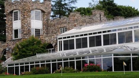 The Lakeside Grille is a great dining spot at the gorgeous Ramsey Country Club