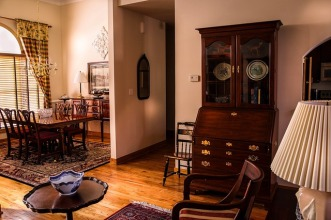 dining-room-670242_640.jpg