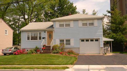 rochelle park home for sale
