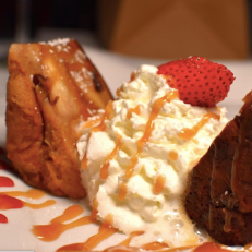Bread Pudding at Pearl Restaurant. Photo Credit: @pearlridgewood via Instagram